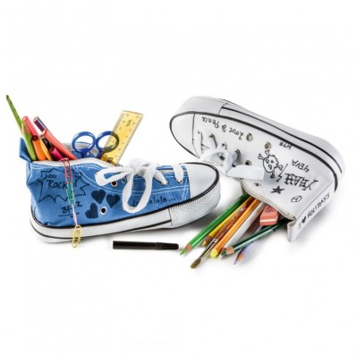 trousse chaussure converse